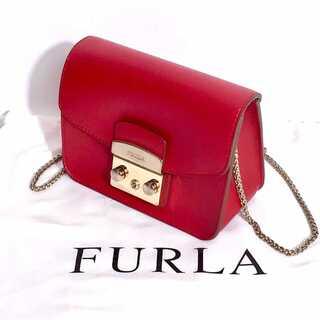Furla - FURLA メトロポリタン チェーン レザー ショルダーバッグ 赤