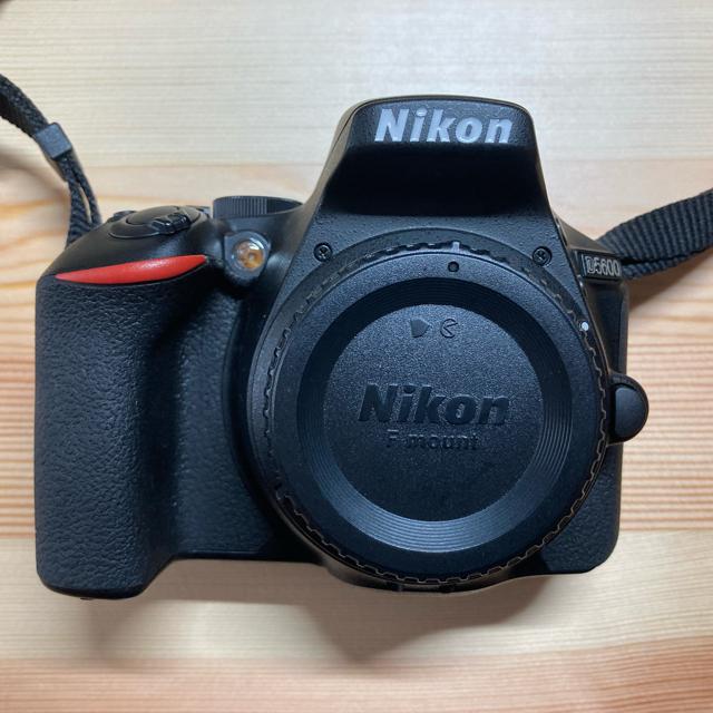 Nikon(ニコン)のNikon d5600 ダブルズームキットレンズ スマホ/家電/カメラのカメラ(デジタル一眼)の商品写真