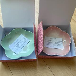 ルクルーゼ(LE CREUSET)の新品未使用☆ルクルーゼ☆フラワーディッシュ16cmセット(食器)