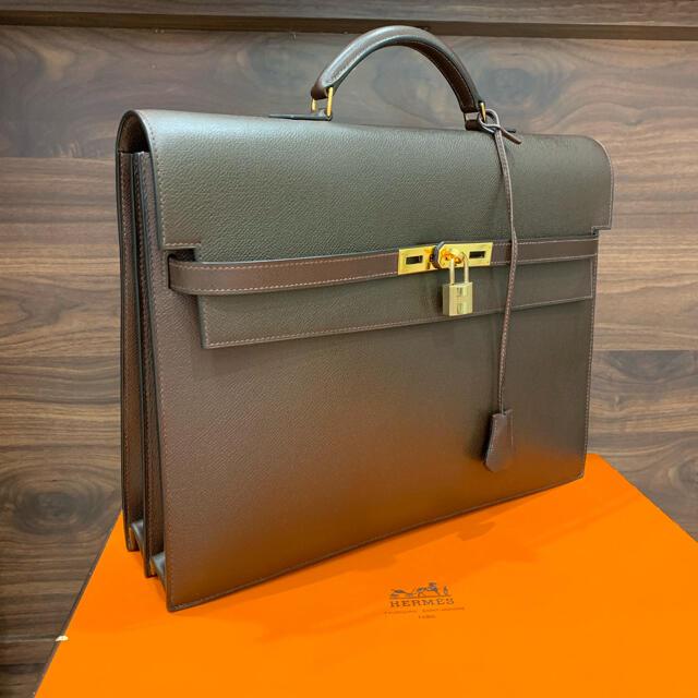 Hermes(エルメス)の逸品・極美 定価132万 エルメス ケリーデペッシュ38 ブラウン GLD金具 メンズのバッグ(ビジネスバッグ)の商品写真
