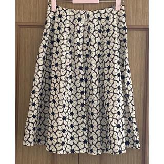 テチチ(Techichi)の花柄刺繍フレアスカート(ひざ丈スカート)
