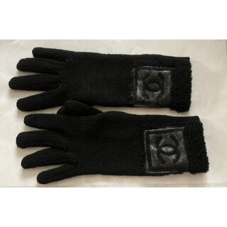 シャネル(CHANEL)のシャネル❤ココマークパッチ付き グローブ 手袋(手袋)