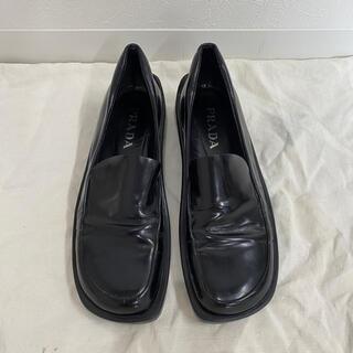 プラダ(PRADA)のビンテージ イタリア製 プラダ PRADA スクエアトゥ レザーシューズ(ローファー/革靴)