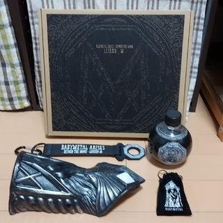 BABYMETAL LEGEND-M 【BD・CD・写真集】+神器4点セット(ミュージック)