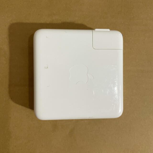 Apple(アップル)の87w Apple 純正 AC アダプター USB c MacBook pro スマホ/家電/カメラのPC/タブレット(PC周辺機器)の商品写真