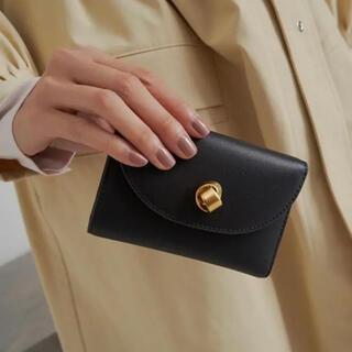 チャールズアンドキース(Charles and Keith)のヴィンテージ 財布 三つ折り財布 ボタン チャールズアンドキース(財布)