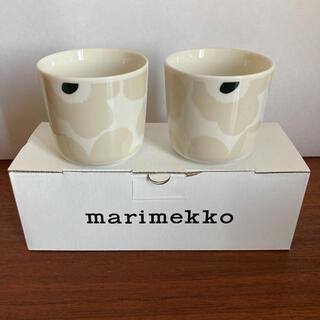 マリメッコ(marimekko)のウニッコ ベージュ×ホワイト ラテマグ 200ml 2個入り(ペアマグ)(グラス/カップ)