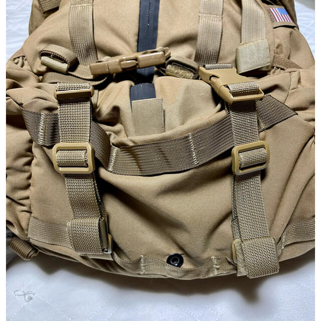 MYSTERY RANCH(ミステリーランチ)のMYSTERY RANCH 3DAYアサルト CLとライブウイングベルト メンズのバッグ(バッグパック/リュック)の商品写真