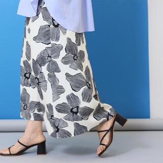 IENA - モノトーンフラワー綿麻スカート新品size38