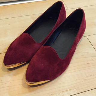 グレイル(GRL)の赤のペタンコ靴(バレエシューズ)