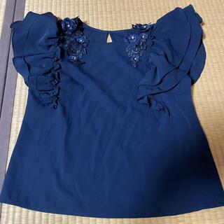 セシルマクビー(CECIL McBEE)のネイビー 紺色 ブラウス(シャツ/ブラウス(半袖/袖なし))