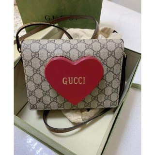 Gucci - GUCCI バレンタインデー ミニショルダーバッグ