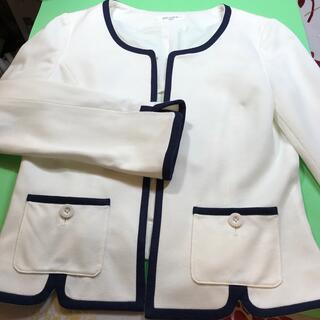 オフオン(OFUON)のOFUON….婦人ジャケット…(38サイズ)…未使用(ノーカラージャケット)