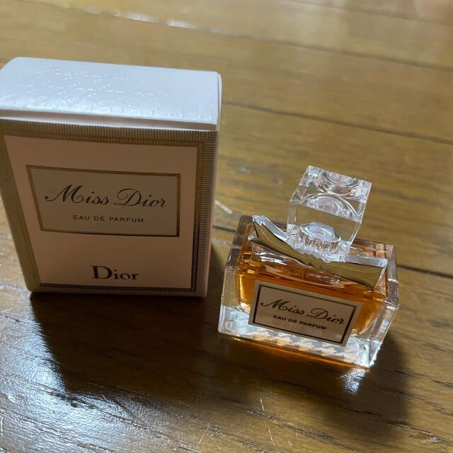 Dior(ディオール)のミスディオール ミニオードゥパルファン コスメ/美容の香水(香水(女性用))の商品写真