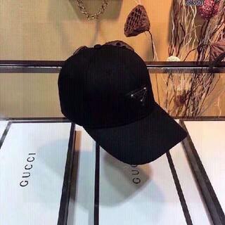 PRADA - 人気新作  PRADA /プラダ キャップ 帽子 男女兼用