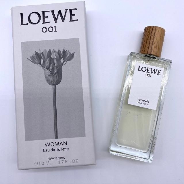 LOEWE(ロエベ)の未使用 ロエベ 香水 ウーマン 001 オードトワレ 50ml コスメ/美容の香水(香水(女性用))の商品写真