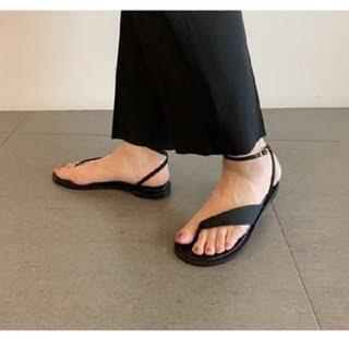 mame - Mame Kurogouchi Botanical Thongs Sandals