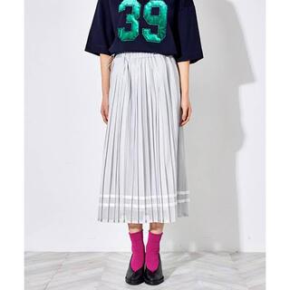 ミュベールワーク(MUVEIL WORK)のミュベール MUVEIL チュールプリーツラインスカート(ロングスカート)