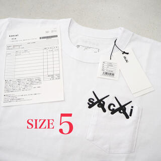 sacai - 5 新品 sacai x KAWS 刺繍 Tシャツ 白 ホワイト メンズ 2xl