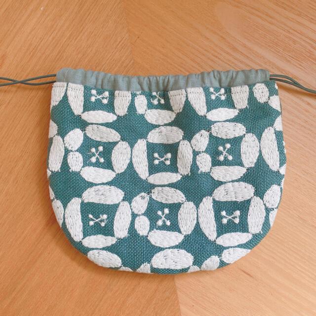 mina perhonen(ミナペルホネン)のミナペルホネンまる巾着 ハンドメイドのファッション小物(バッグ)の商品写真