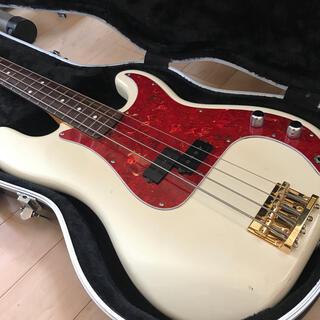 フェンダー(Fender)のFender precision bass(エレキベース)