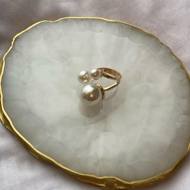 Ameri VINTAGE(アメリヴィンテージ)のビックパール イレギュラー指輪 リング amerivintage レディースのアクセサリー(リング(指輪))の商品写真