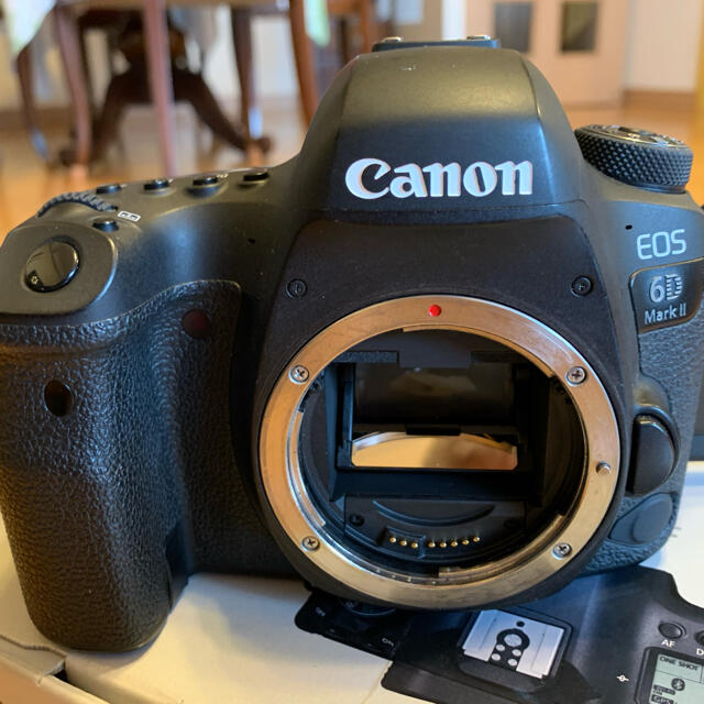 Canon(キヤノン)のCanon EOS 6D MARK2 ボディ スマホ/家電/カメラのカメラ(デジタル一眼)の商品写真