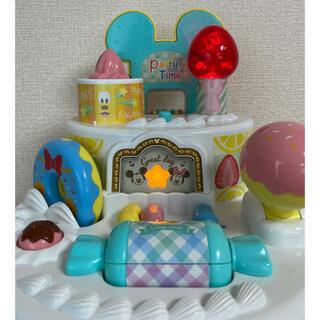 タカラトミー(Takara Tomy)のおしゃべりいっぱい!パーティケーキ ディズニー 英語 ミッキー&フレンズ (知育玩具)