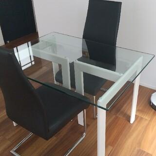 アルテジャパン ガラスダイニングテーブル