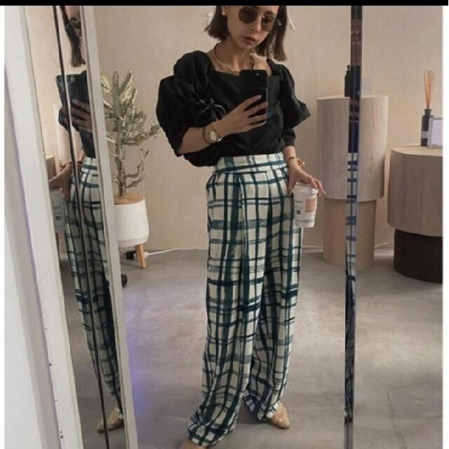 Ameri VINTAGE(アメリヴィンテージ)のameri HAND CHECK LOOSE PANTS レディースのパンツ(カジュアルパンツ)の商品写真