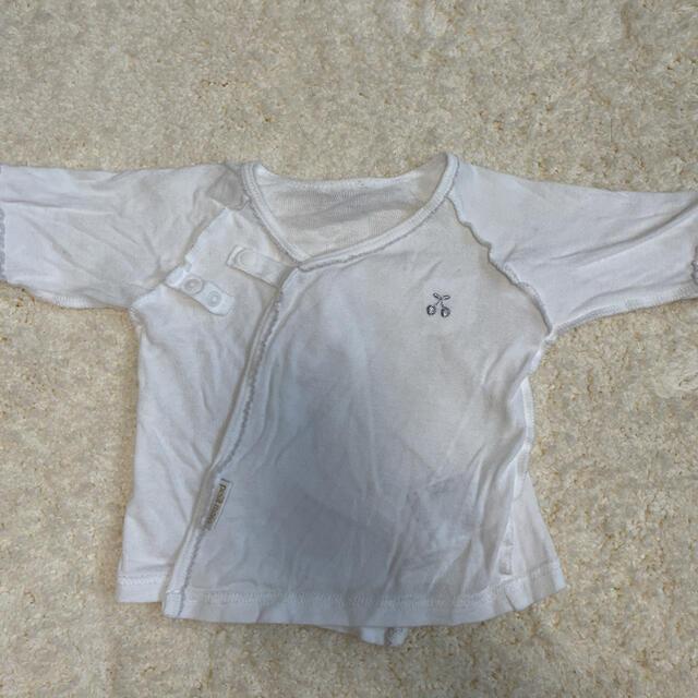 petit main(プティマイン)のさくらんぼ柄 プティマイン 新生児 短肌着 キッズ/ベビー/マタニティのベビー服(~85cm)(肌着/下着)の商品写真