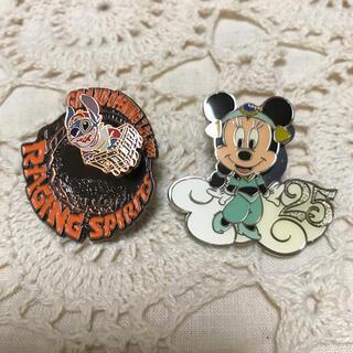 Disney - ディズニー スティッチ ミニー ピンズ バネ バッチ バッジ アトラクション