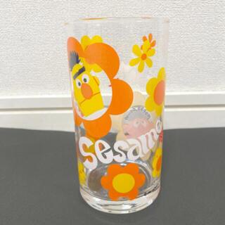 セサミストリート(SESAME STREET)のセサミストリート グラス ガラスコップ グラスコップ アーニー バート 美品(グラス/カップ)