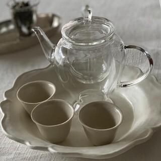 耐熱ガラスポット ティーポット 脚付き 茶器 紅茶 中国茶 ハーブティに