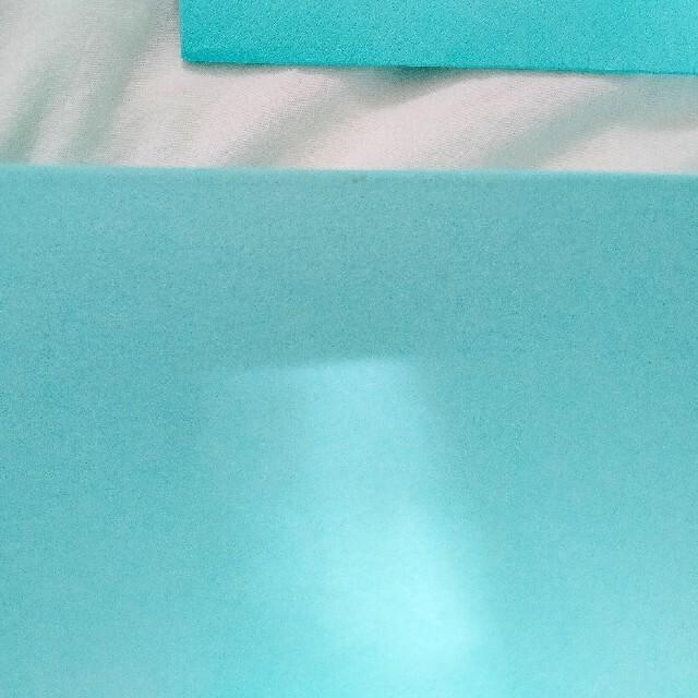 Tiffany & Co.(ティファニー)の【新品】Tiffany& Co. ブルーリボンマグカップ ペア インテリア/住まい/日用品のキッチン/食器(グラス/カップ)の商品写真