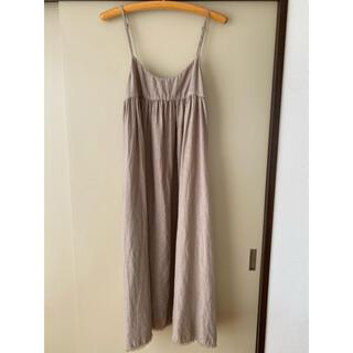 ネストローブ(nest Robe)のnest robe ベージュ キャミソールワンピース(ひざ丈ワンピース)