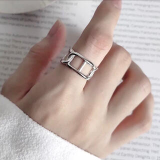 トゥデイフル(TODAYFUL)のデザインリング シルバーリング 新品(リング(指輪))