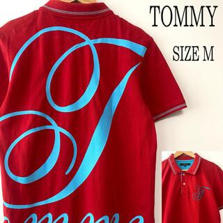 トミー(TOMMY)のTOMMYトミーバックプリント胸刺繍ポロシャツ赤 レッド M(ポロシャツ)