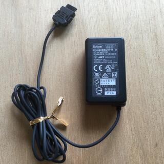 NTTdocomo - FOMA海外兼用ACアダプタ MAS-BH0008-A 001 ガラケー充電器