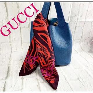 グッチ(Gucci)のGUCCI グッチ ミニスカーフ ビット柄 シルクスカーフ(バンダナ/スカーフ)