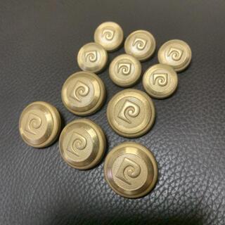 ピエールカルダン(pierre cardin)の【未使用品】ピエールカルダン ゴールドメタルボタンセット 11個(各種パーツ)