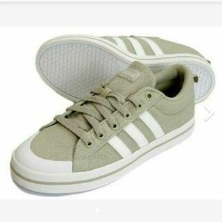 アディダス(adidas)の【新品】【サイズ:18㎝】adidasキッズスニーカーBRAVADA K(スニーカー)