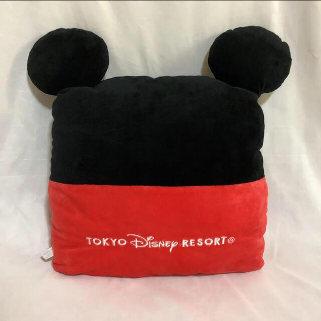Disney(ディズニー)のミッキー クッション エンタメ/ホビーのおもちゃ/ぬいぐるみ(キャラクターグッズ)の商品写真