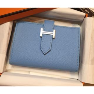 Hermes - ☆新品☆HERMES ベアンミニ コンパクト財布 ライトブルー