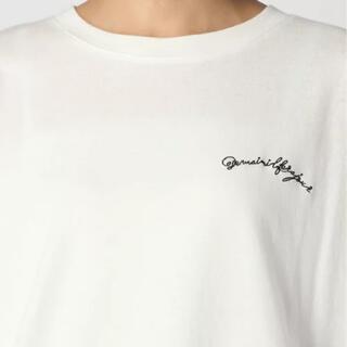 テチチ(Techichi)のTechichi Lugnoncure スモールロゴ刺繍Tee(カットソー(半袖/袖なし))