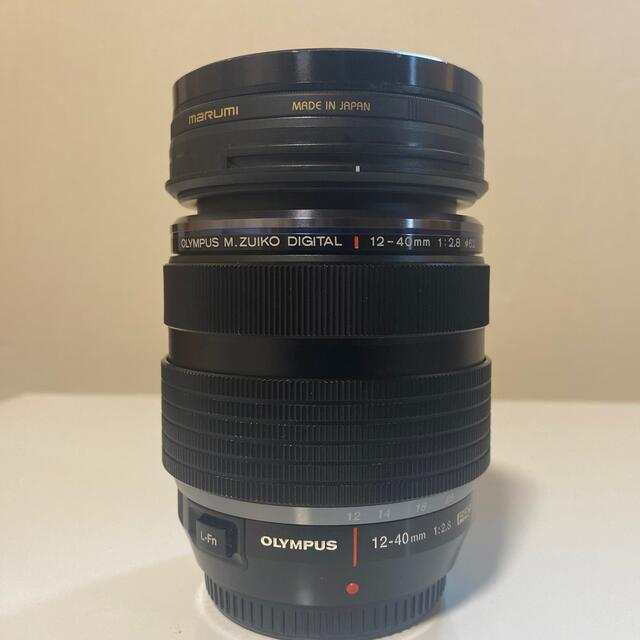OLYMPUS(オリンパス)のOLYMPUS m zuiko pro 12-40 2.8 スマホ/家電/カメラのカメラ(レンズ(ズーム))の商品写真