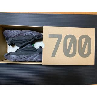 アディダス(adidas)のアディダス Yeezy boost700 ユーティリティブラック(スニーカー)