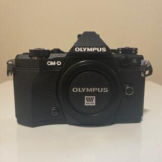OLYMPUS - OLYMPUS OM-D E-M5 markii
