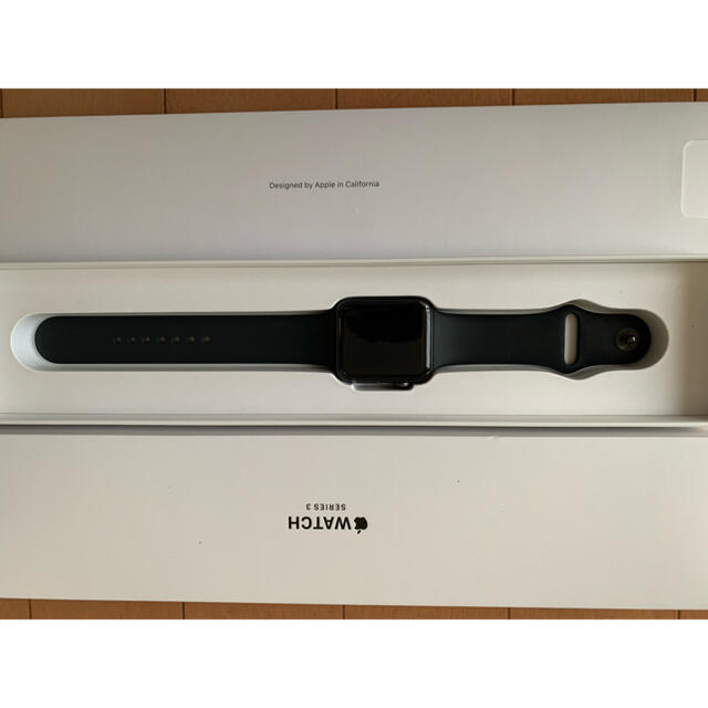 Apple Watch(アップルウォッチ)のApple Watch series3 42mm GPSモデル メンズの時計(腕時計(デジタル))の商品写真
