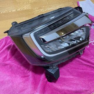 ホンダ(ホンダ)のホンダ NBOX カスタム JF3  右ヘッドライト LED (車種別パーツ)